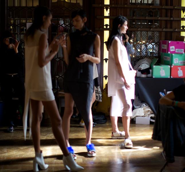Ming Pin Tien models backstage