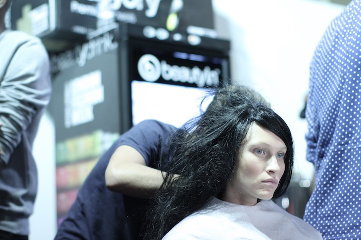 model for s14 Mark Fast getting hair styled. image akin abayomi