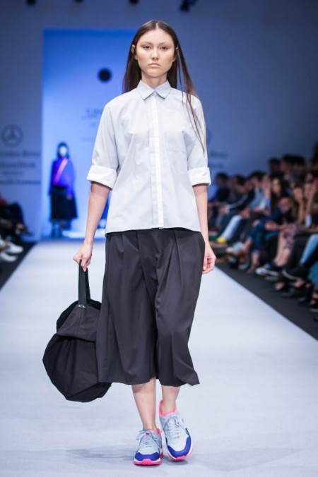 Model wearing Simple by Trista during Mercedes-Benz Fashion Week Mexico.