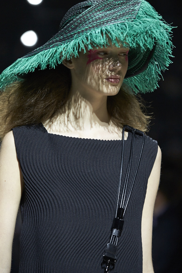 Issey Miyake SS16 Collection Presented during PFW at the Tuilleries Garden image by Akin Abayomi