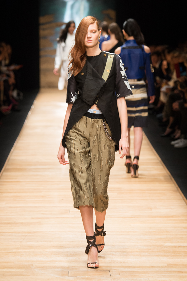 womenswear ready to wear prêt a porter summer 2016 Guy Laroche