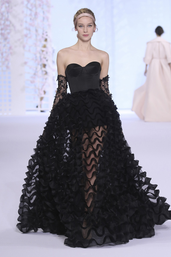 PARIS, FRANCE - JULY 10: A model walks the runway during the Ralph & Russo show as part of Paris Fashion Week - Haute Couture Fall/Winter 2014-2015 at Pavillon Cambon Capucines on July 10, 2014 in Paris, France. image credit Richard Bord/Getty Images)
