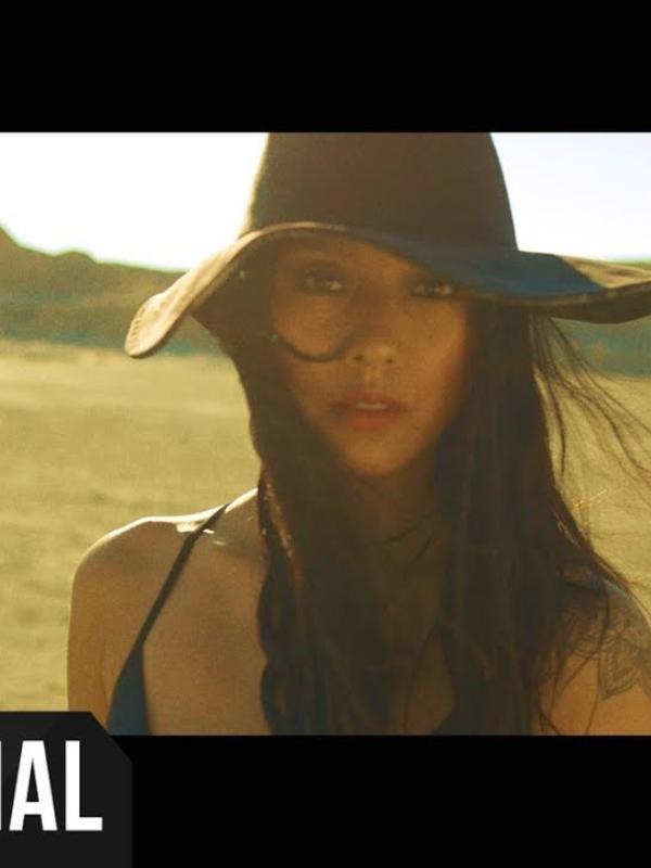 Lee Hyori new video, 이효리 _ Black